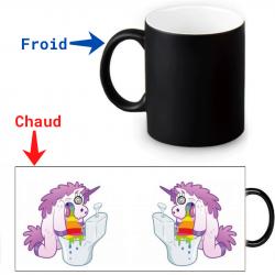 Mug thermoreactif Licorne qui vomit